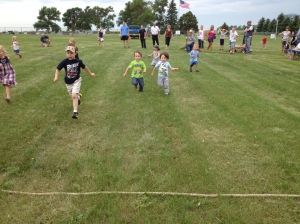 Jaxon racing in the youngest group.