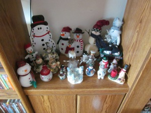 The Snowmen in the TV stand