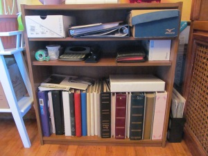 Bookshelf as a desk